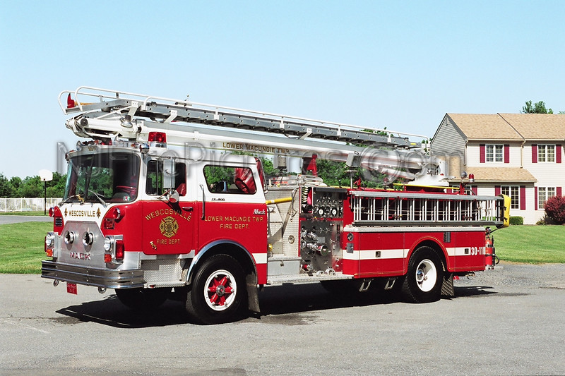 Lower Macungie Squirt 3011 - 1974 Mack CF 1000/500/55'