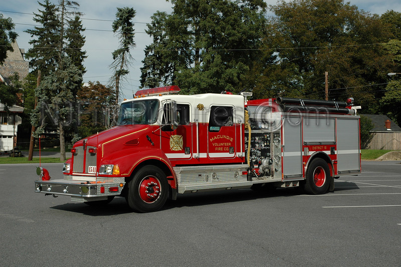 Macungie - Engine 1511 - 2001 Kenworth/Pierce 1250/1000