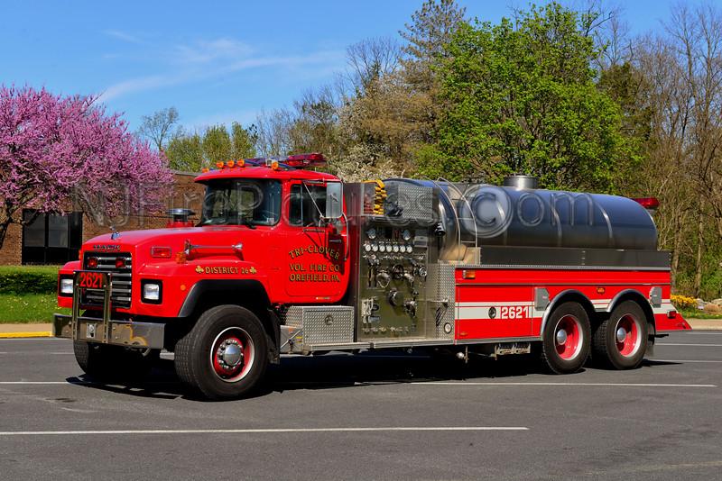 OREFIELD, PA (TRI-CLOVER FIRE CO.) TANKER 2621