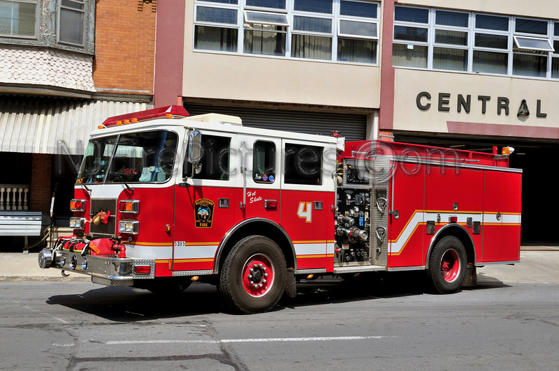 ALLENTOWN, PA ENGINE 4 - 1999 PIERCE SABER 1500/500