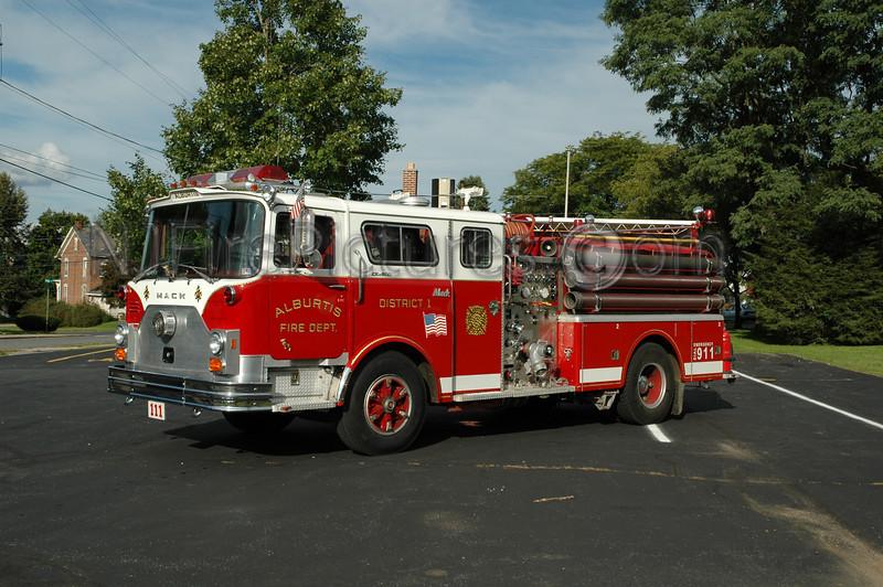 Alburtis - Engine 111 - 1976/1992 Mack CF/Swab 1250/750