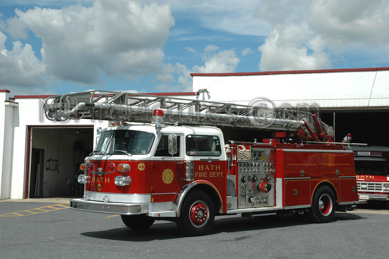 Bath - Ladder 4021 - 1981 American LaFrance Waterchief 1500/750/75'