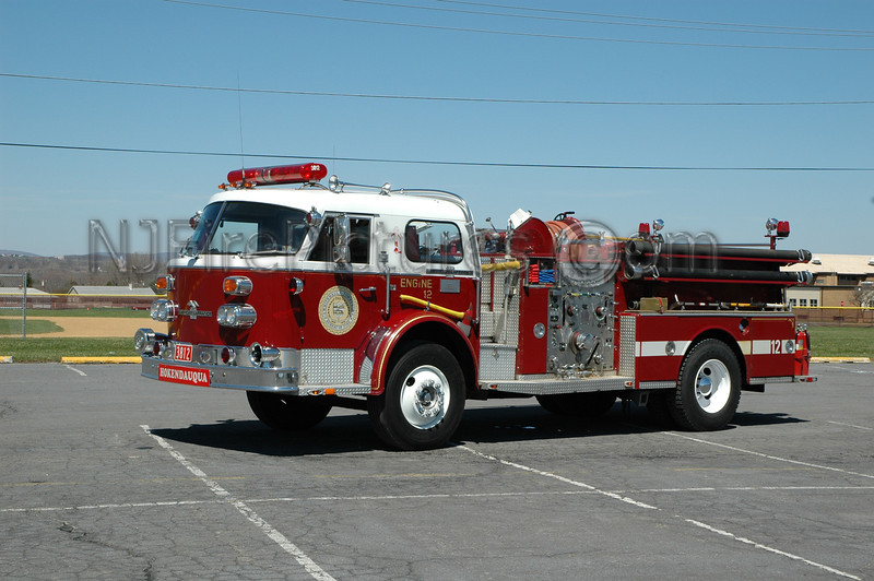 Whitehall Twp - Engine 3812 - 1973 American LaFrance 1000/500