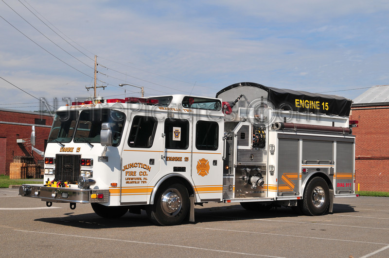 GRANVILLE TWP (JUNCTION FIRE CO.) ENGINE 15 - 1995 EMERGENCY ONE 1500/1000/30B