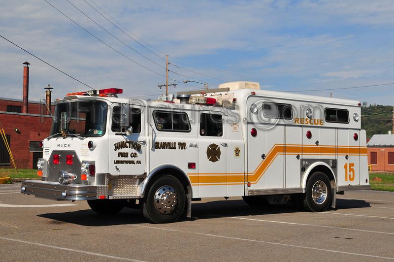 GRANVILLE TWP (JUNCTION FIRE CO.) RESCUE 15 - 1978 MACK CF/1976 SWAB/1994 ITE REFURB EX-FDNY ENGINE 290 / EX-LINGLESTOWN PA