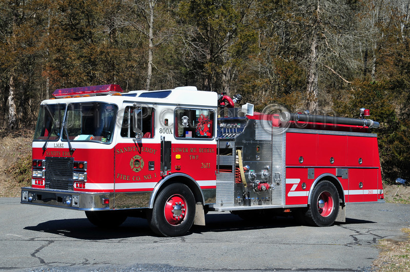 LOWER MOUNT BETHEL TWP (SANDT'S EDDY FIRE CO.) ENGINE 2611 - 1993 KME 1250/1000
