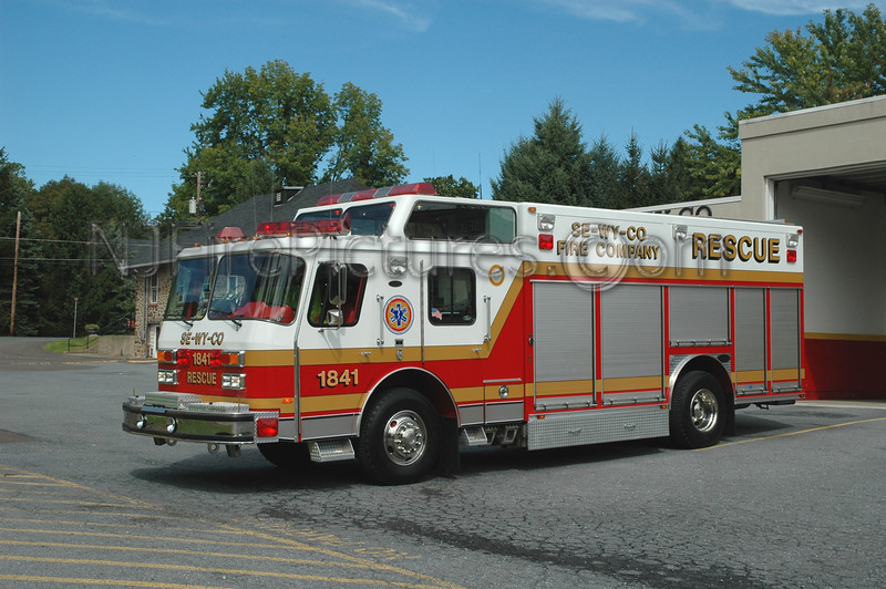 Lower Saucon - Rescue 1841 - 1990 Emergency One