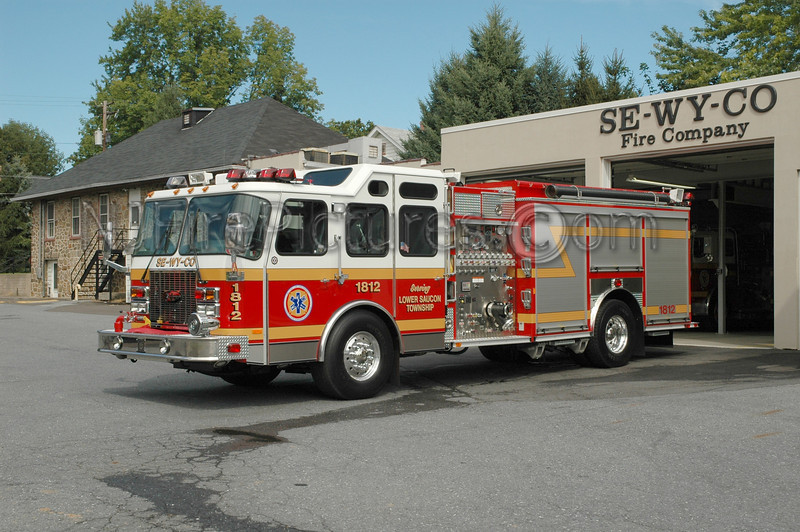 Lower Saucon - Engine 1812 - 2002 Emergency One 1500/960/20/20CAFS