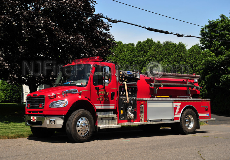 LAVELLE TANKER 432 - 2008 FREIGHTLINER/MIDWEST FIRE 1250/2000
