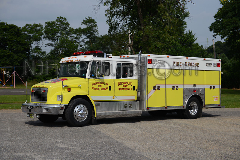SCHUYLKILL HAVEN RESCUE 727 - 1995 FREIGHTLINER/AMERICAN FIRE RESCUE EX-MAGNOLIA DE.