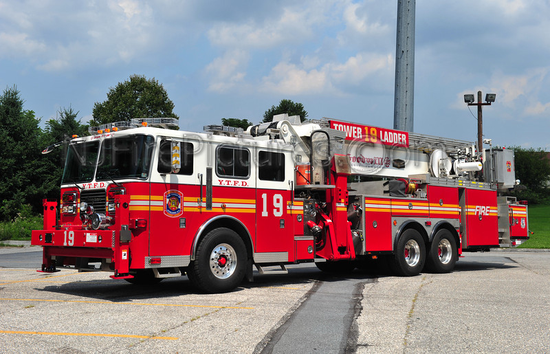 YORK TWP. TOWER LADDER 19 - 2004 SEAGRAVE/AERIALSCOPE 95' EX-ELIZABETHTOWN, PA
