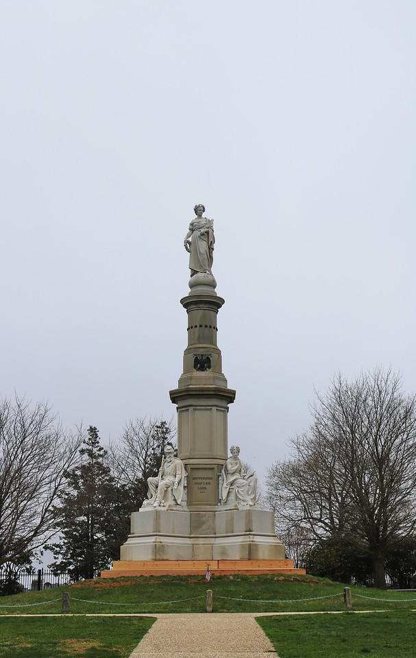 Soldiers National Monument 1
