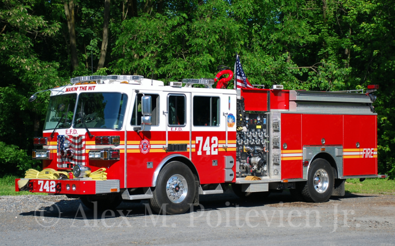 Elizbethtown Fire Department<br /> Engine 7-4-2<br /> 2007 Sutphen 1500/500<br /> Photo by: Alex M. Poitevien Jr.