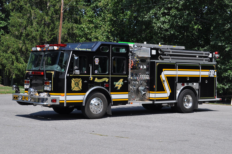 Engine 4<br /> 2002 E-One Typhoon 1500/750