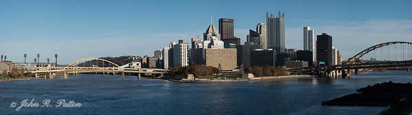 Pittsburgh skyline pano