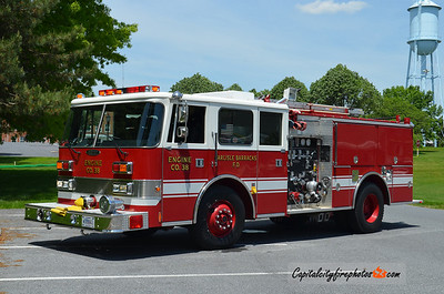 Carlisle Army Barracks Engine 38: 1994 Pierce Arrow 1250/750