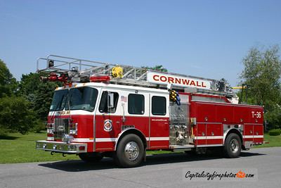 Cornwall Truck 36: 1997 E-One Cyclone 1250/500 75'