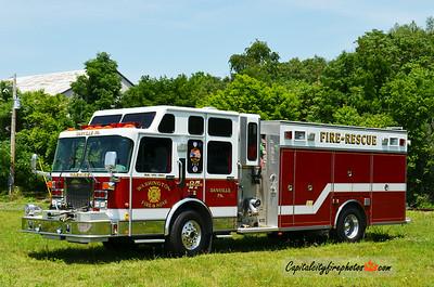 Danville (Washington Fire & Hose) Rescue 27: 1997 Spartan/Saulsbury