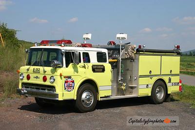 East Cameron Township Engine 352: 1990 Ford/Grumman 1000/500