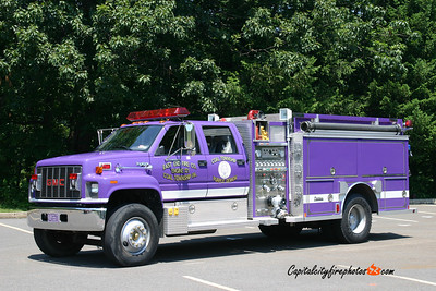 Coal Township (East End) Engine 121: 1996 GMC/Central States 1250/1000