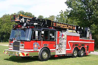 Shermans Dale Engine 12-2: 2007 KME Predator 1750/600 100'