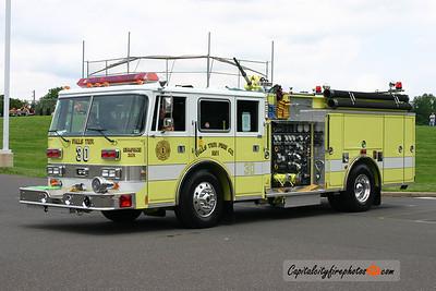 Falls Township X-Engine 30: 1993 Pierce Lance 1250/500
