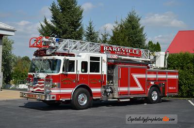 """Bareville Fire Co., Leola Truck 31: 2012 Pierce Arrow XT """"PUC"""" 1500/500 75'"""