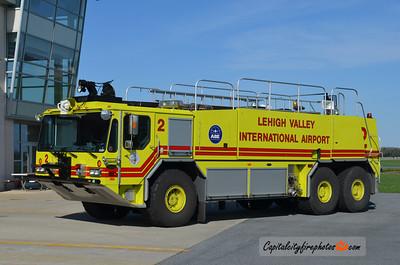 Lehigh Valley International Airport Rescue 2: 1999 E-One Titan 1250/3000/425