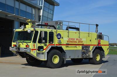 Lehigh Valley International Airport Rescue 1: 1988 E-One Titan 1250/1500/125