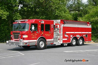 Archbald Engine Tanker 21-4: 2006 Spartan/Smeal 2000/2900