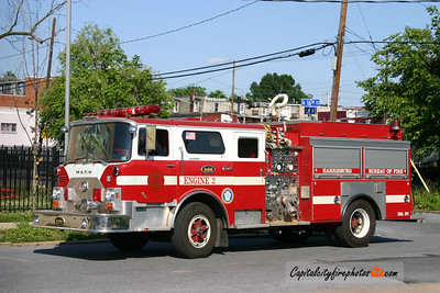 Harrisburg X-Reserve Engine 2: 1975 Mack CF 1250/500
