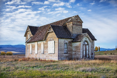 This great old Church is ripe for restoration. Would make a great house.