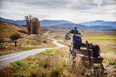 Back to the road after Jackson Hole, where a great bike path carries me southward.