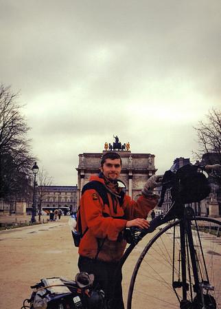 A slow tour around Paris now.