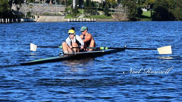 Genevieve Horton and Jacinta Edmunds NR5_0634