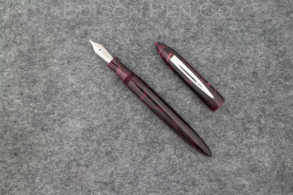Premiere in Pearlized Cranberry