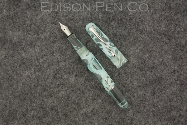 Pearlette in Mint Translucent Swirl Acrylic