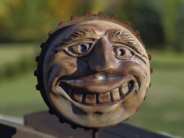 Garden clown face 1 - 77 dpi