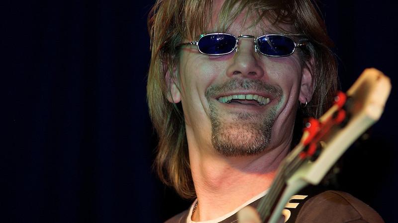 Das ist Lukas - Gittarist von 'Bob die Band'<br /> This is Lukas - Gittarist from 'Bob die Band'