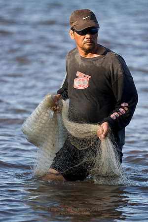 Throw net fisherman