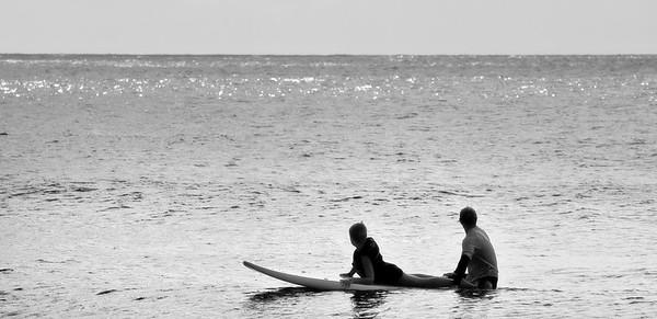 ILM_SurfersHealingWaitingB&W_8202012