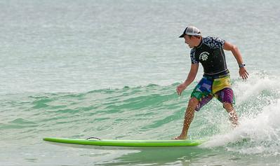 ILM_SurfersHealingLunchBreak3_8202012