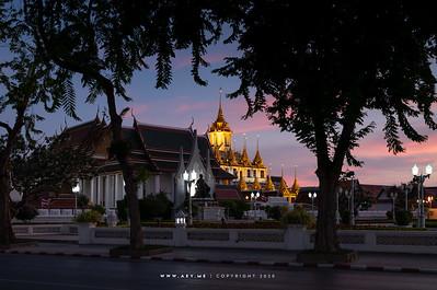 King Rama II Monument, Royal Pavilion Mahajetsadabadin & Loha Prasat, Wat Ratchanatdaram