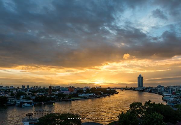 Chao Phraya River view from The River Vibe, Talat Noi