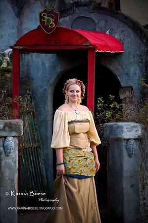 DSC_2186 renaissance festival lady haunted castle 2009 1