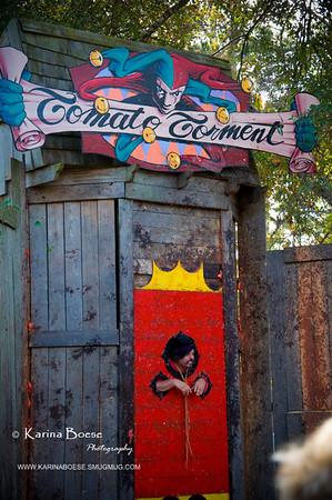 DSC_2132 renaissance festival tomato torture 2009 1