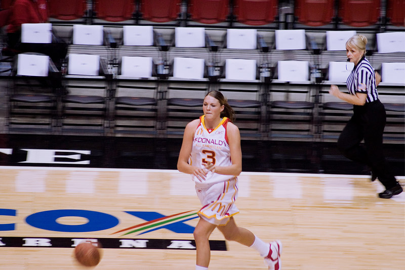 Jayne Appel brings the ball down court