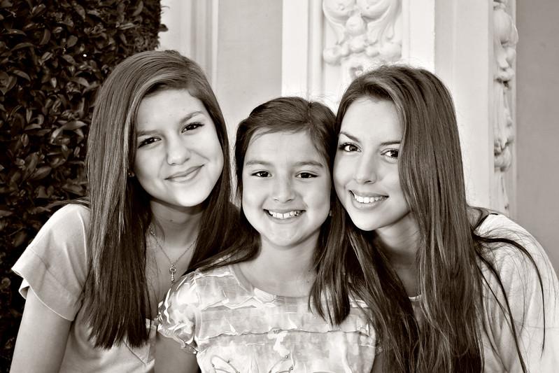 Sisters__002