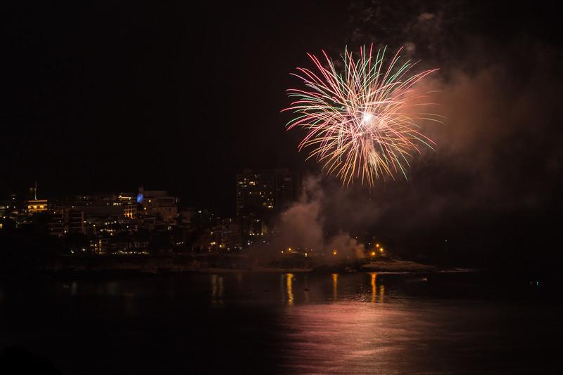 La Jolla Fireworks 2014-9798.jpg