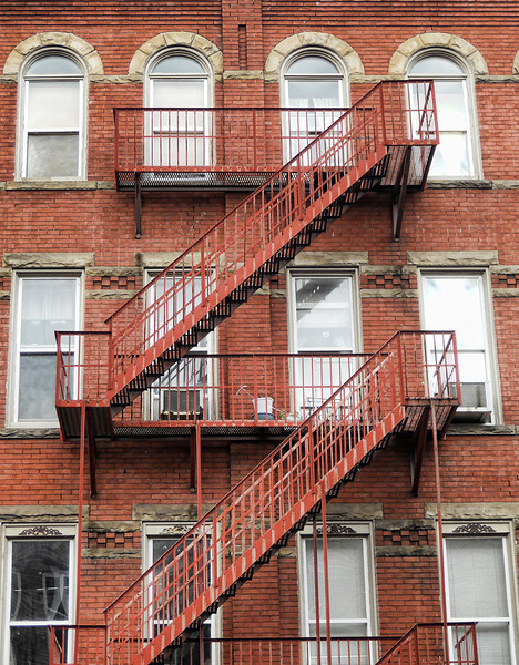 sono fire escapes